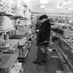 Прилавки в советском магазине