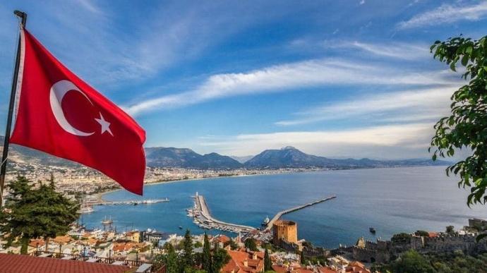 Флаг Турции и море