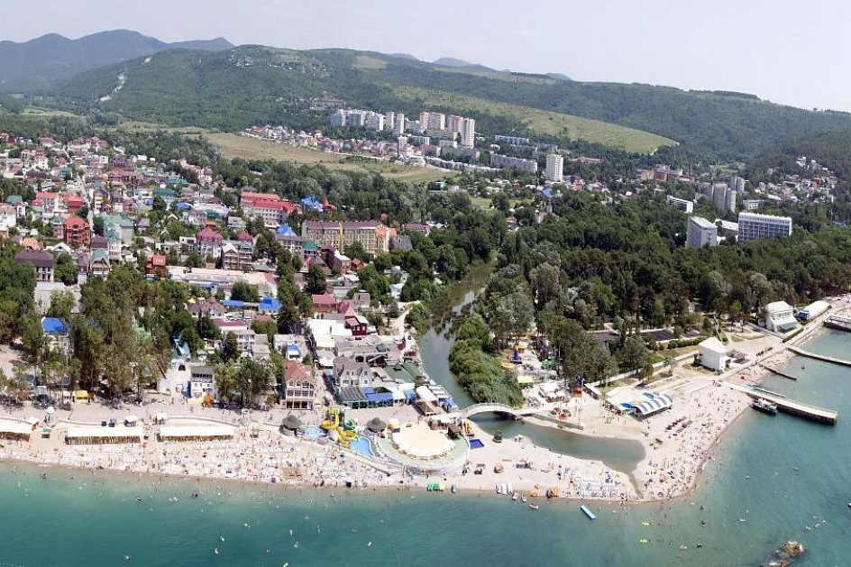 Поселок у моря Дивноморское