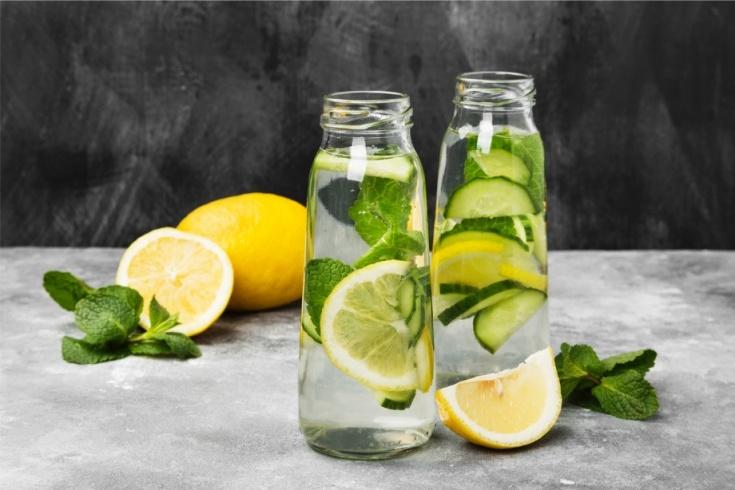 Днтокс-вода с лаймом