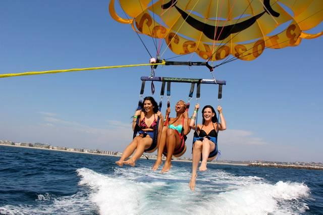 На парашюте над водой