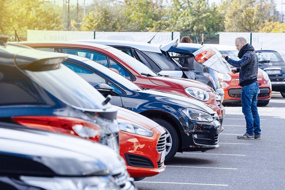 Выбор подержанного авто на вторичном рынке