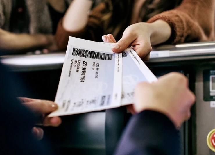 Сдача авиабилетов в кассе