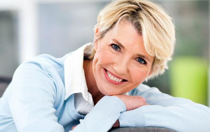 Женщина среднего возраста
