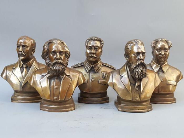 Бронзовые бюсты Сталина, Ленина