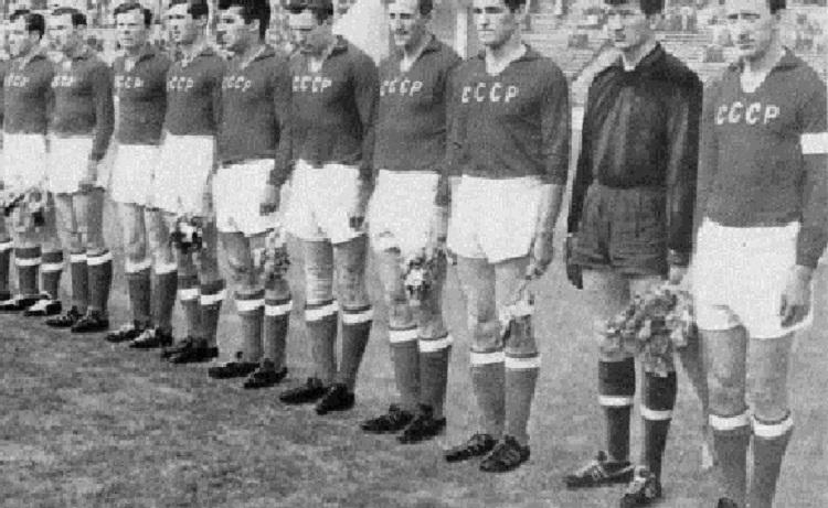 Спортсмены СССР в строю
